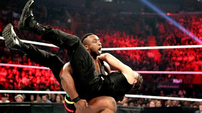 大 E vs 迪安 安布罗斯 WWE2013地狱牢笼大赛 13